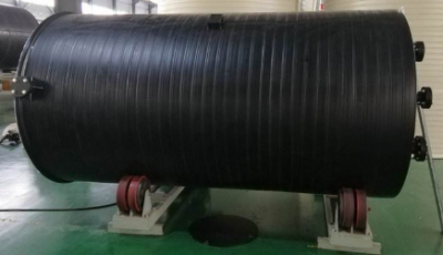 HDPE储罐的成型方法