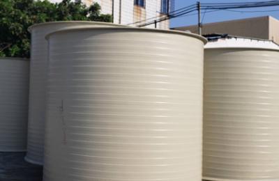 HDPE储罐防腐的处理方法